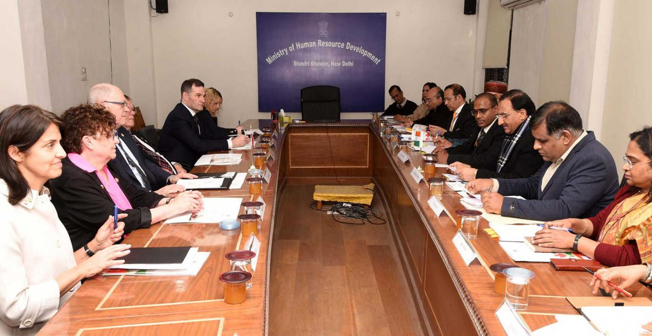 Union HRD Minister meets parliamentary delegation from Canada