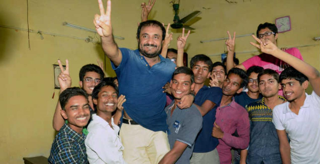 Patna's 'Super 30' does it again. 28 out of 30 crack IIT entrance